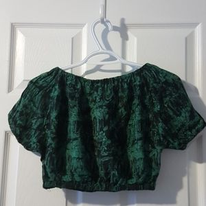XS-S Dark green black patterned vintage crop top